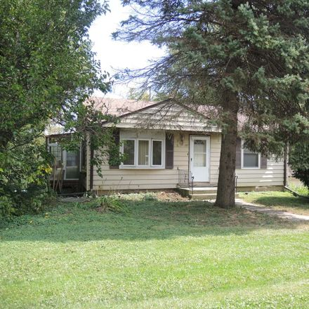 Rent this 3 bed house on 1107 South Hough Street in Barrington, IL 60010