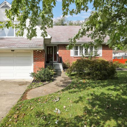 Rent this 3 bed house on 215 Heather Dr in Mount Laurel, NJ