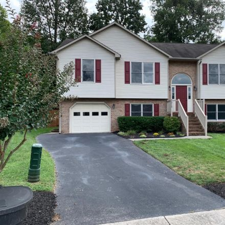 Rent this 4 bed house on 7915 Layne Ct in Roanoke, VA