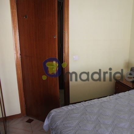 Rent this 2 bed room on Calle Capellanes in 28902 Getafe, Spain