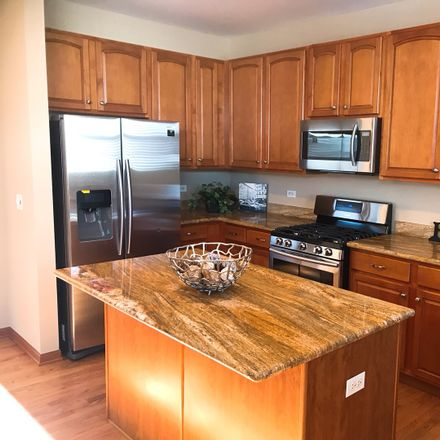 Rent this 4 bed house on Eagle Brook Ln in Naperville, IL