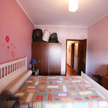 Rent this 4 bed room on O Penacho in Rua Fernando Pessoa, 2805-139 Almada