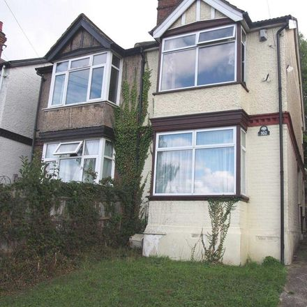 Rent this 3 bed house on A4128 in Wycombe HP13 5HT, United Kingdom