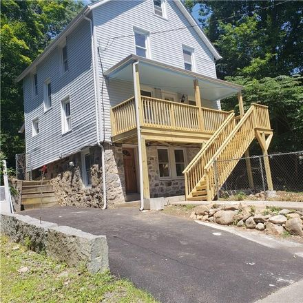 Rent this 3 bed house on 23 Boulder Avenue in Hillburn, NY 10931