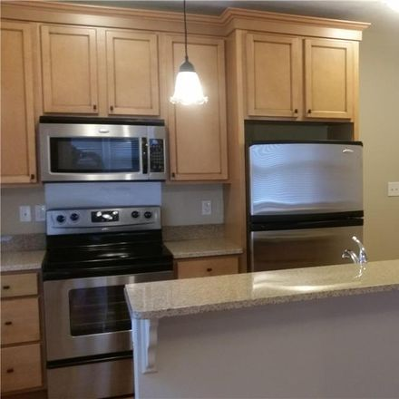 Rent this 1 bed house on 621 Westwood Drive in Clayton, MO 63105