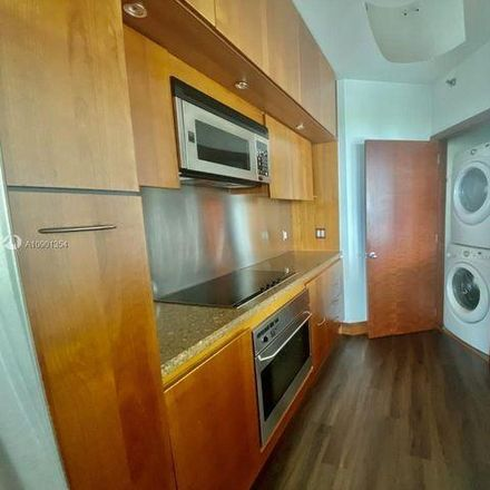 Rent this 2 bed condo on Bristol Tower in 2125 Brickell Avenue, Miami