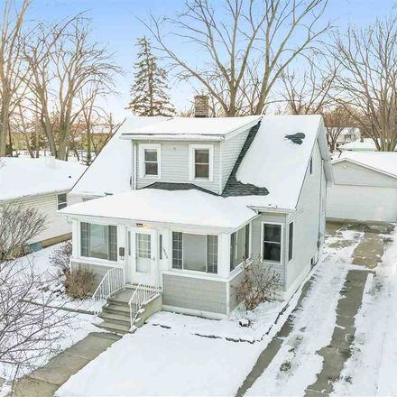 Rent this 4 bed house on 1808 11th Avenue in Green Bay, WI 54304