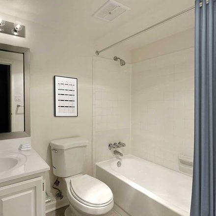 Rent this 3 bed apartment on West Falls Church Metrorail Yard in Custis Memorial Parkway, Pimmit Hills