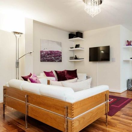 Rent this 1 bed apartment on London City Shopping Car Park in Suttons Way, London EC1Y 8TE