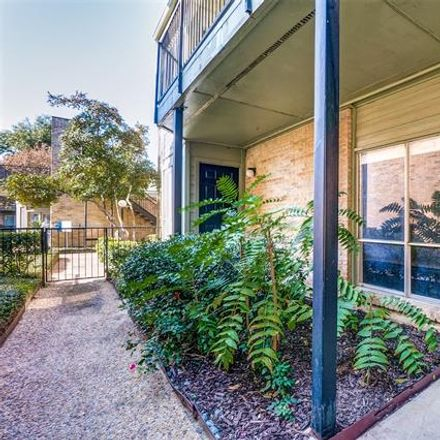 Rent this 1 bed condo on 3203 Carlisle Street in Dallas, TX 75204