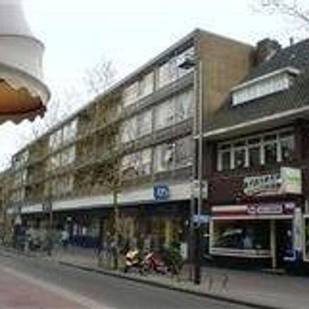Rent this 2 bed apartment on Kapelstraat in Langestraat, 1211 GS Hilversum
