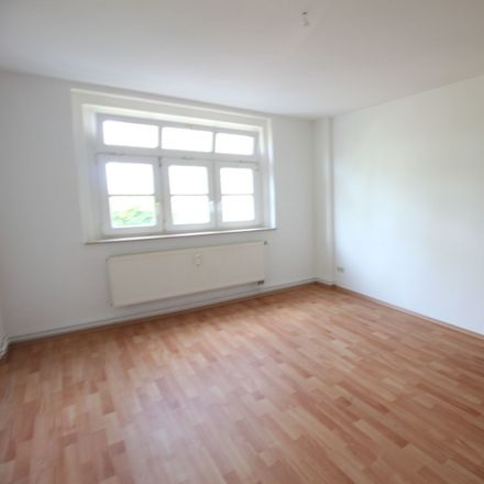 Rent this 3 bed apartment on Gerhart-Hauptmann-Weg 9 in 08371 Glauchau, Germany