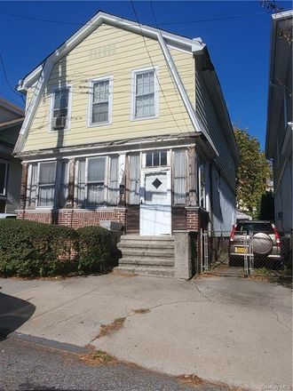 Rent this 4 bed house on 315 East 240th Street in Yonkers, NY 10470