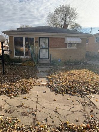 Rent this 3 bed house on 11407 South Morgan Street in Chicago, IL 60643