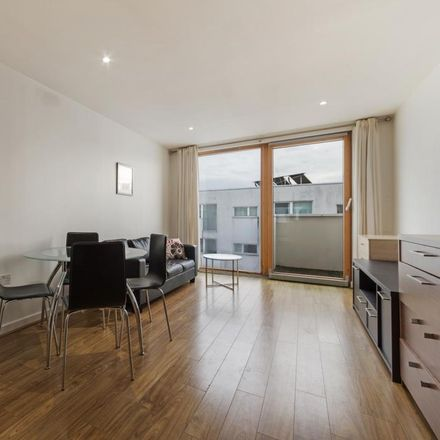 Rent this 1 bed apartment on Ropeworks in Barking Town Square, London IG11 7GT