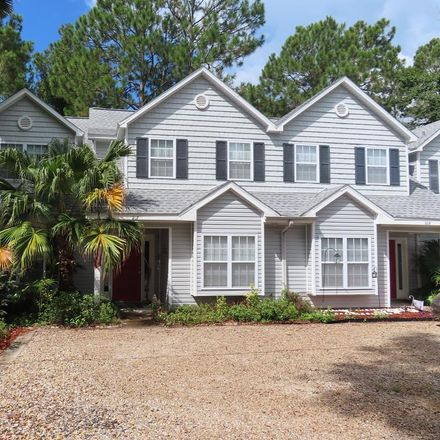Rent this 2 bed condo on 207 Sawyer Lane in Apalachicola, FL 32320