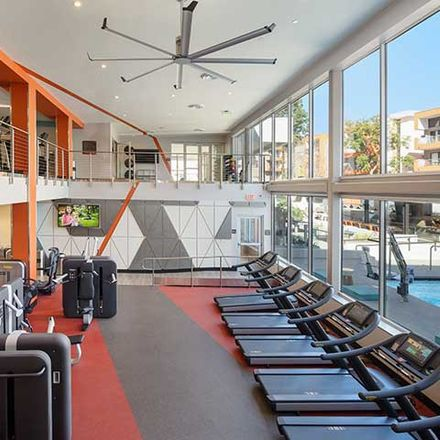 Rent this 2 bed apartment on Carpenter Avenue in Los Angeles, CA 91604
