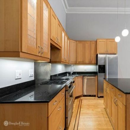 Rent this 2 bed apartment on 565 Henry Street in New York, NY 11231