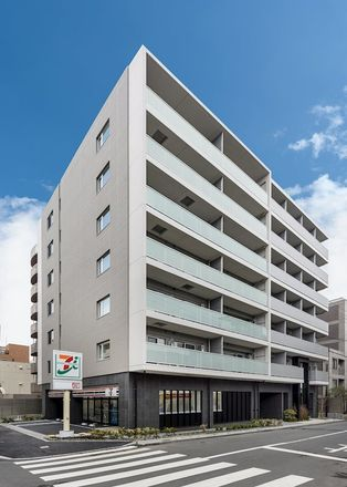 Rent this 1 bed apartment on 7-Eleven in 9 Shin-ohashi-dori, Kōtōbashi