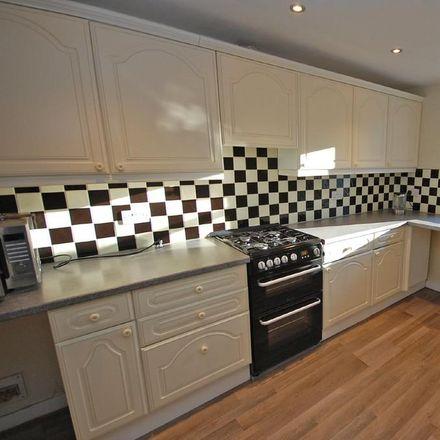 Rent this 3 bed house on Leadhall Lane in Harrogate HG2 9NJ, United Kingdom