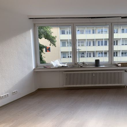 Rent this 2 bed apartment on Husemannstraße 16 in 45879 Gelsenkirchen, Germany