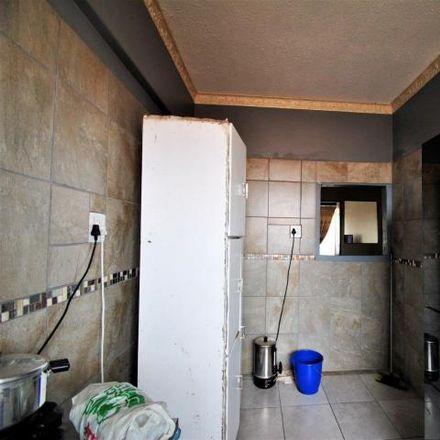 Rent this 2 bed apartment on Harpur Avenue in Ekurhuleni Ward 73, Benoni