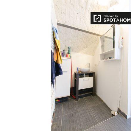 Rent this 2 bed apartment on Avenue Wielemans Ceuppens - Wielemans Ceuppenslaan 111 in 1190 Forest - Vorst, Belgium