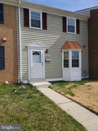 Rent this 3 bed townhouse on 1880 Aberdeen Circle in Crofton, MD 21114