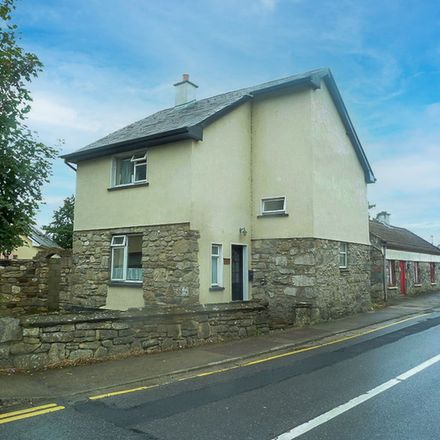 Rent this 2 bed apartment on Moy Lodge B&B in R318, Sraheen ED