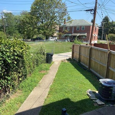 Rent this 3 bed house on 718 Eastshire Drive in Catonsville, MD 21228