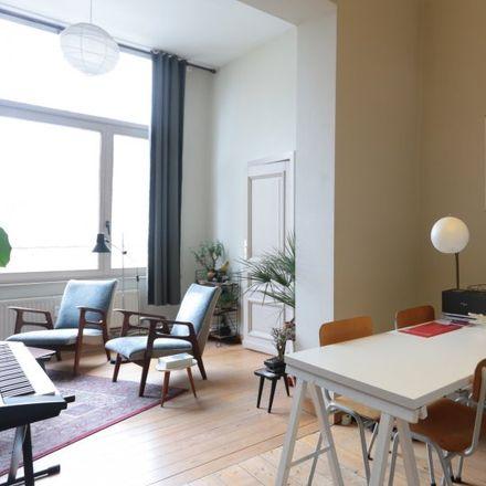 Rent this 1 bed apartment on Rue Royale - Koningsstraat 205 in 1210 Saint-Josse-ten-Noode - Sint-Joost-ten-Node, Belgium