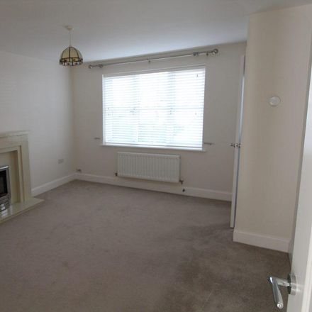 Rent this 3 bed house on 16 Walkers Lane in Worcester WR5 2SH, United Kingdom