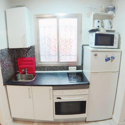 Rent this 1 bed apartment on Calle de Carlos Fuentes in 28047 Madrid, España