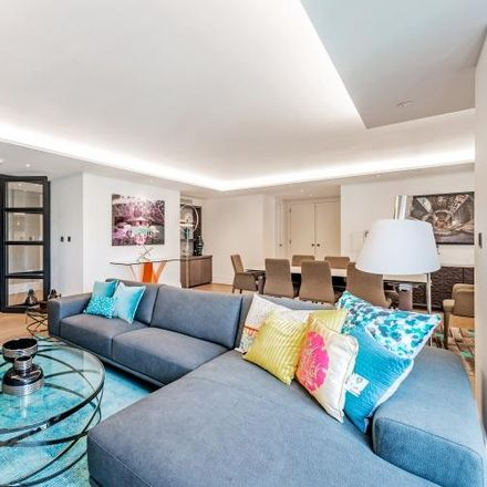 Rent this 3 bed apartment on 50 Kensington Gardens Square in London W2 4UJ, United Kingdom