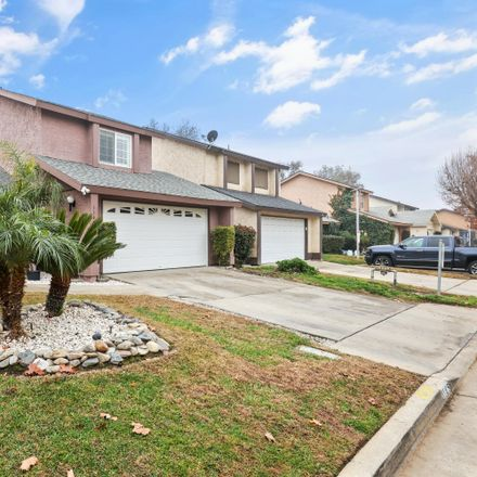 Rent this 3 bed condo on East Ferguson Avenue in Visalia, CA 93292