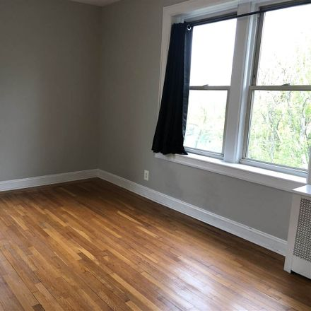 Rent this 1 bed apartment on Bentley Ave in Jersey City, NJ