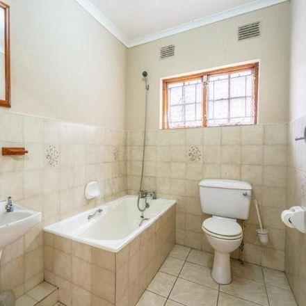 Rent this 3 bed townhouse on Pine Street in Caversham Glen, KwaZulu-Natal