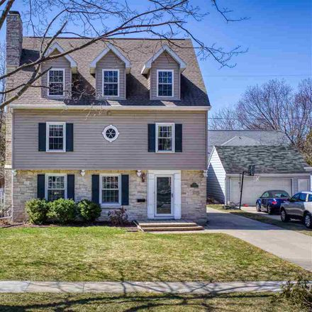 Rent this 4 bed house on 225 Stevens Street in Neenah, WI 54956