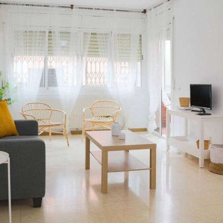 Rent this 3 bed apartment on Plaça de Mossèn Anton in 08930 Sant Adrià de Besòs, Spain