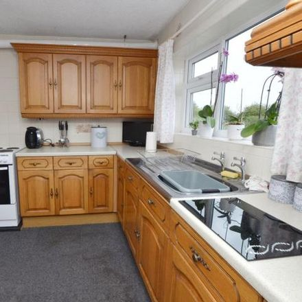 Rent this 3 bed house on Littleworth Lane in Cudworth, S71 5RG