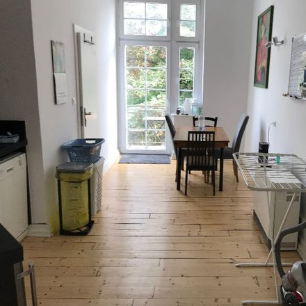 Rent this 2 bed apartment on Düsseldorf in Alt-Lörick, DE