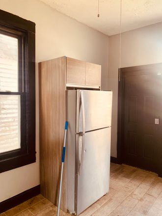 Rent this 4 bed house on 6943 South Stewart Avenue in Chicago, IL 60621