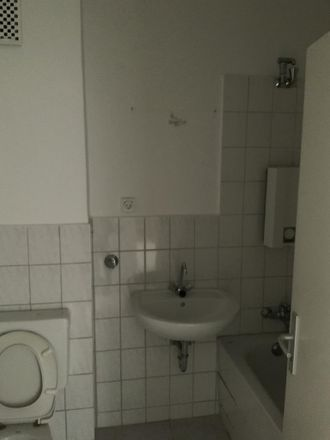 Rent this 3 bed apartment on Henri-Dunant-Straße 3 in 42651 Solingen, Germany