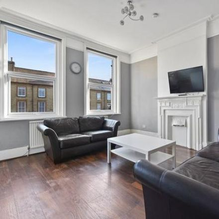 Rent this 3 bed apartment on Nationwide in Cricklewood Broadway, London NW2 3JG