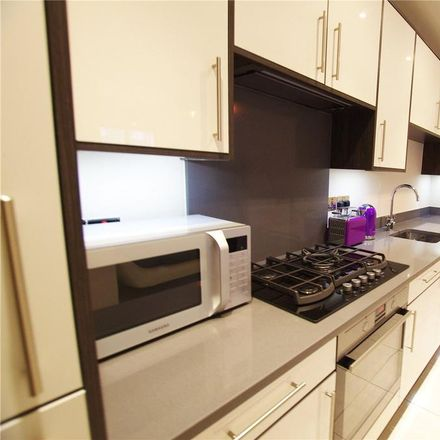 Rent this 3 bed house on Hagden Lane in Watford WD18 7SH, United Kingdom