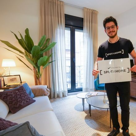 Rent this 1 bed apartment on Calle de Núñez de Arce in 6, 28012 Madrid