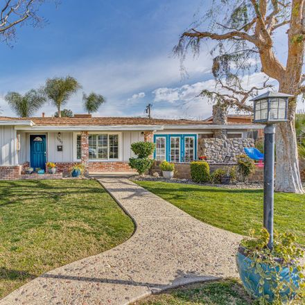 Rent this 3 bed house on 1020 Rosewood Avenue in Wasco, CA 93280