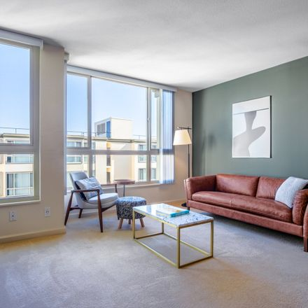 Rent this 1 bed apartment on NorthPoint Apartments in 2291 Powell Street, San Francisco