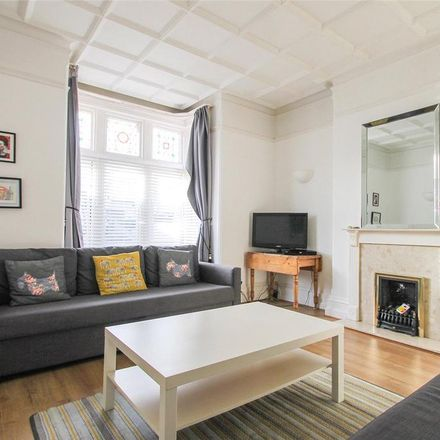 Rent this 1 bed apartment on Queens Road in Worthing BN11 3JJ, United Kingdom