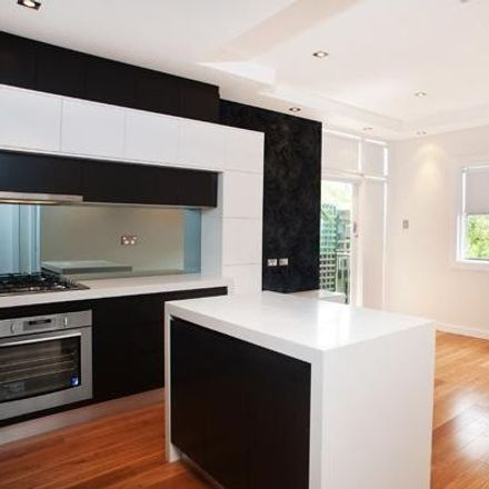 Rent this 1 bed apartment on 17/316 Miller Street
